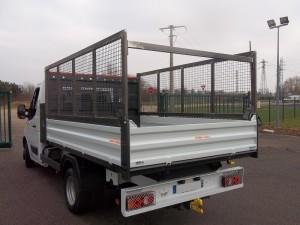 rehausse-de-ridelle-sur-arriere-camion-300x225