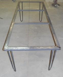 table bistrot pietement
